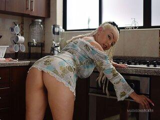 Anal webcam shows MadisonBecker